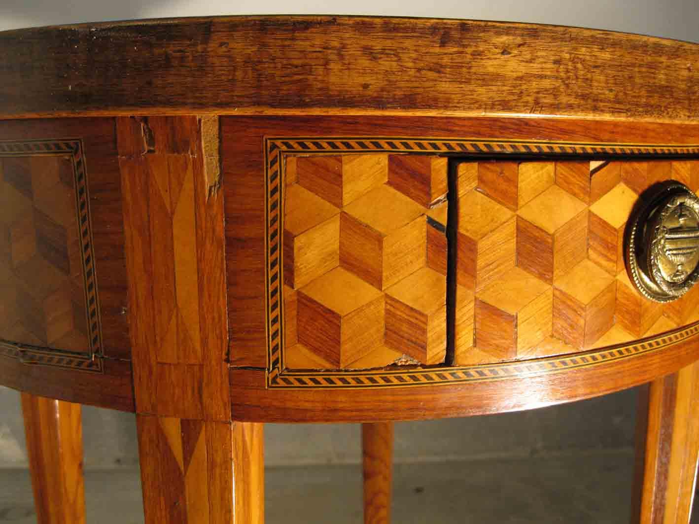 meubles anciens table de jeux