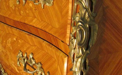 Commode Louis XV - bronzes