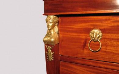 Commode Empire - détail bonze après restauration