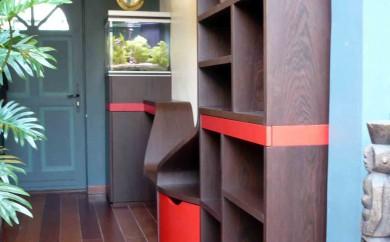 Couloir d'entrée - vue escalier