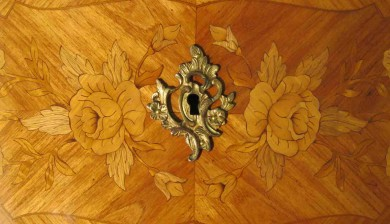 Commode Louis XV - marqueterie