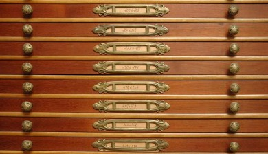 Médailler Art Nouveau de la Monnaie de Paris - casiers à médailles